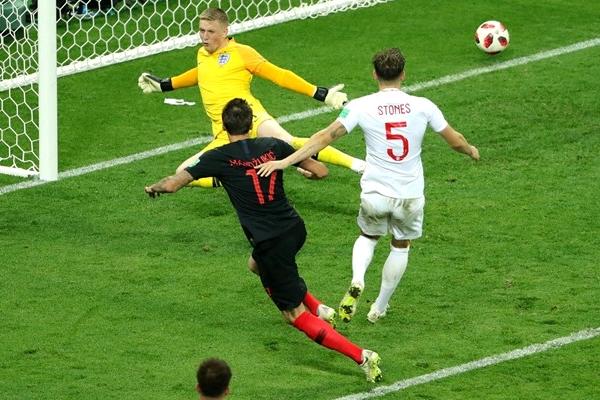 Perisic, Mandzukic Shoot Down Three Lions As Croatia Reach First Ever World Cup Final