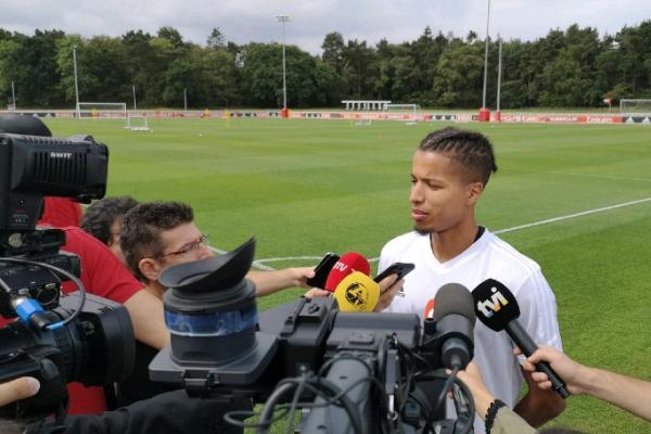Ebuehi Eagler To Work Hard For   Regular Playing Spot At Benfica