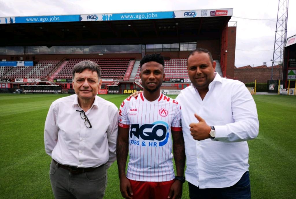 KV Kortrijk Unveil Ezekiel, Hand Nigeria Forward Jersey No.39