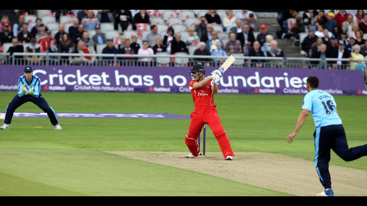 Lancashire Complete Roses Double In Blast