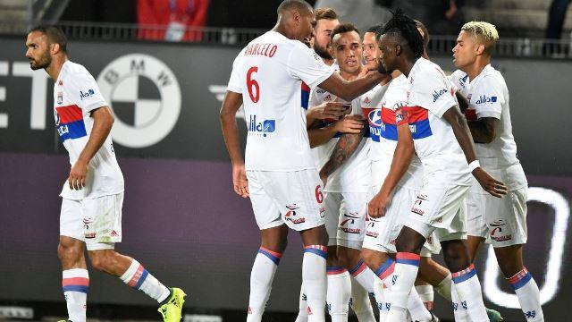 Lyon Handed UEFA Ban And Stadium Sanction