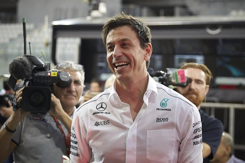 Mercedes To Consider Bottas Position
