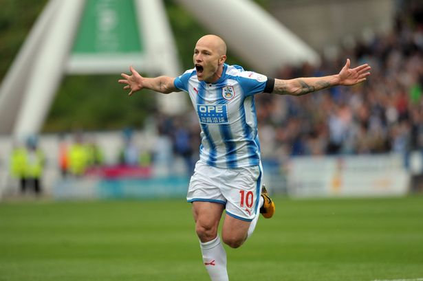 Arnold Backs Mooy For Forward Role