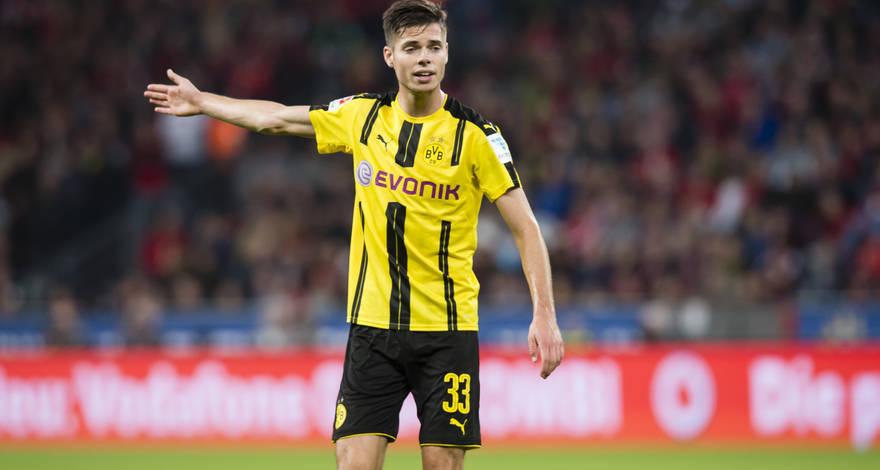 Germans Set Midfielder Fee