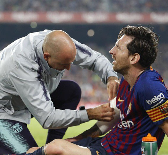 Messi Injured, Ruled Out Of Action For Three Weeks