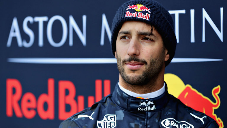 Ricciardo Tips Mercedes To Dominate