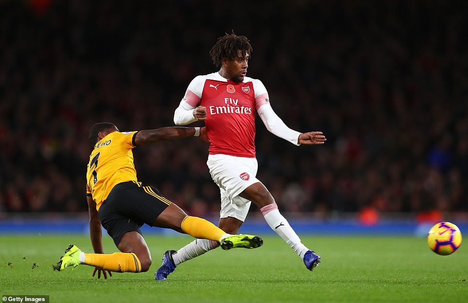 Emery: Why I Subbed Off Iwobi At Halftime Vs Wolves