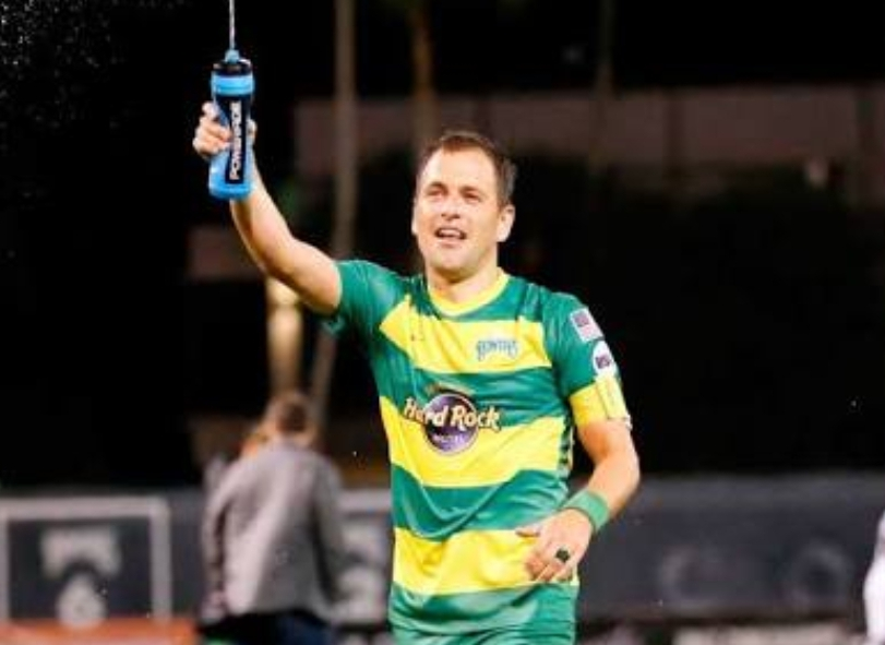 Ex-Chelsea Midfielder Joe Cole Announces Retirement From Playing Football