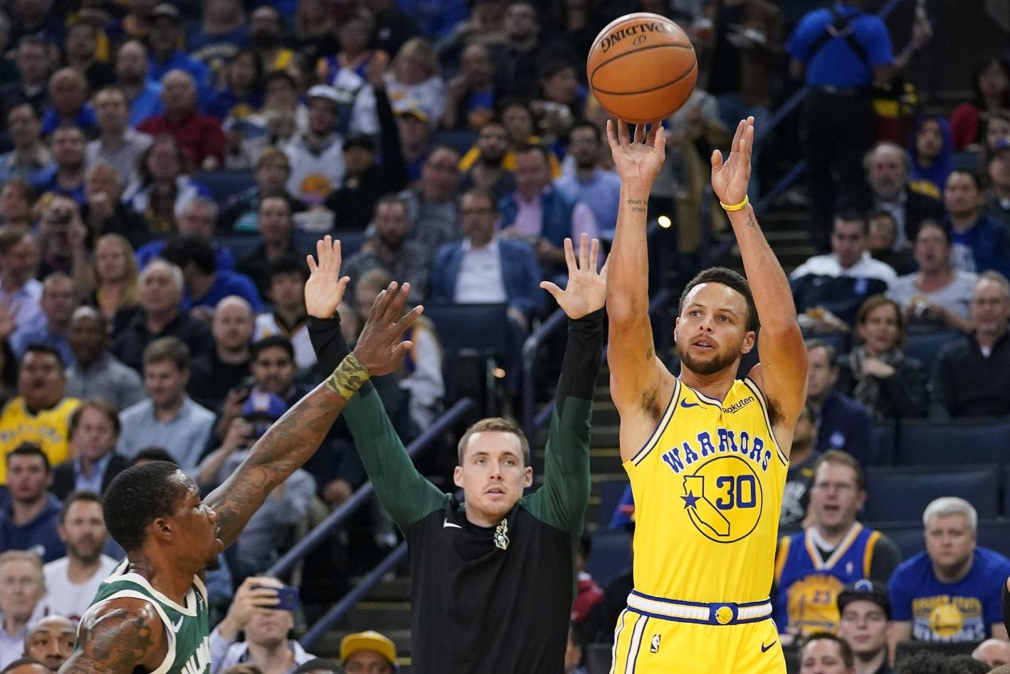 Curry To Return Against Pistons