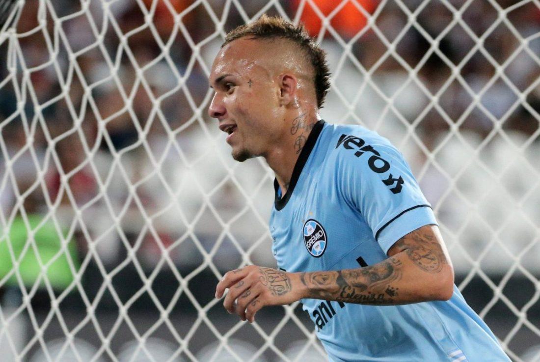 Gremio Attacker Considering Future Amid United Link