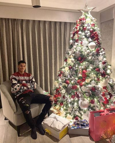 CHRISTMAS GROOVE!: More World Football Stars - Pogba, Messi, Modric, Aguero Others Shine