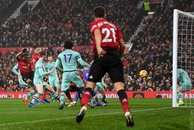 Premier League Wednesday: Will Manchester United Snap Arsenal's 19-Match Unbeaten Streak?