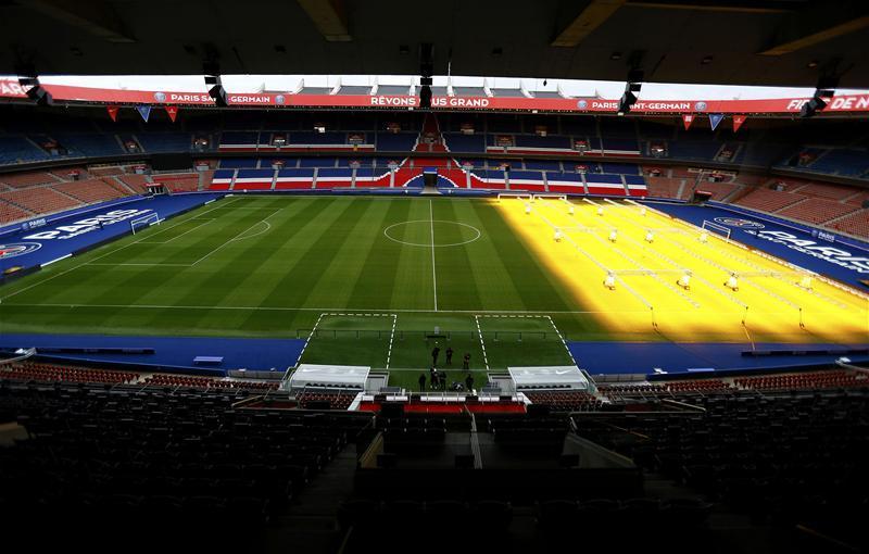 PSG v Montpllier Postponed